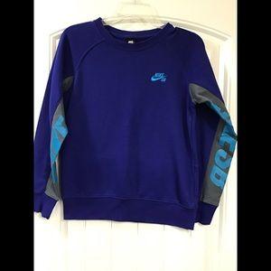 Nike SB sweatshirt size M 10-12